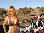 big_sexy_girl_motocross_01