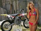 big_sexy_girl_motocross_09