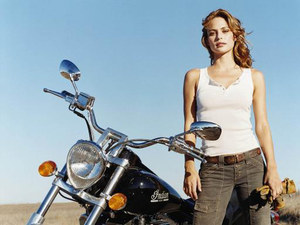 Josie-Maran-With-Heavy-Motorbike-512X384-1504