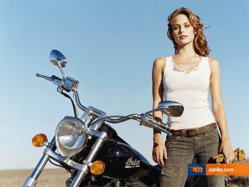 Josie-Maran-With-Heavy-Motorbike-512X384-1504
