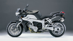 bmw-k1200r