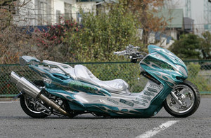 Long motorcycle