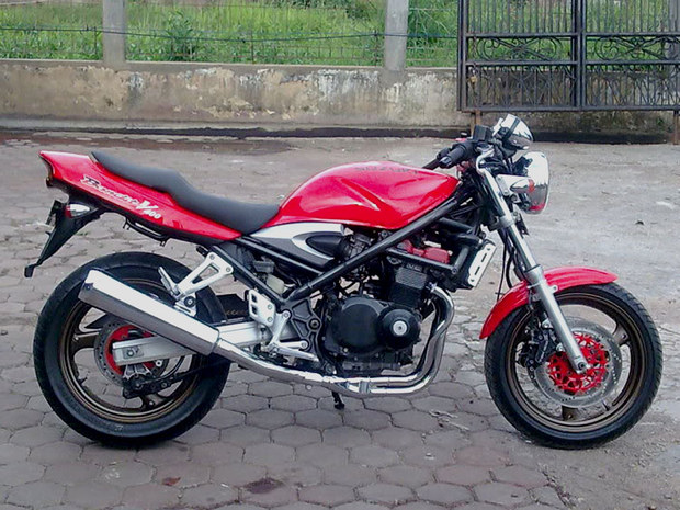 Rudy Cimoy's 1995 Suzuki GSF 400 (Bandit) - Red Bandit_3 by Rudy Cimoy - Mbike.com
