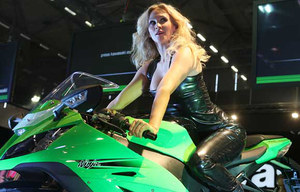 Intermot 2010 babes_4