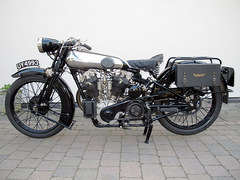 Brough Superior SS100_1