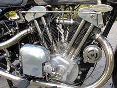 Brough Superior SS100_3
