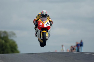isle-of-man-tt-jump