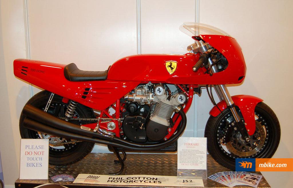 Ferrari-900-Motorcycle-4