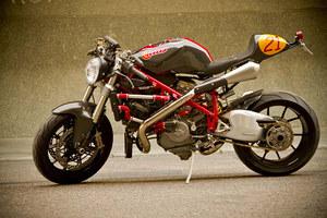 Radical Ducati Mikaracer 06