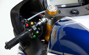 Yamaha Racing 2011 WSBK YZF-R1 9