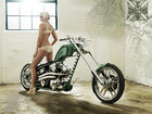 Beautiful_girl_and_chopper
