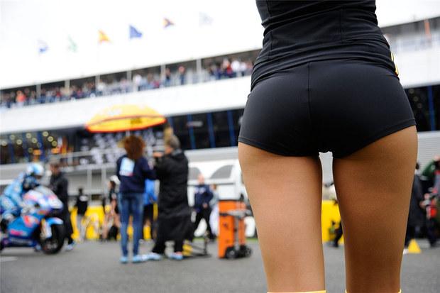 2011 MotoGP Jerez Paddock Girls 01