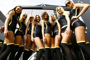 2011 MotoGP Jerez Paddock Girls 03