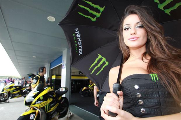 2011 MotoGP Jerez Paddock Girls 04