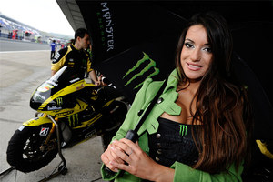 2011 MotoGP Jerez Paddock Girls 21