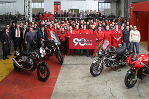 Moto_Guzzi_festa_90_anni_Mandello-01