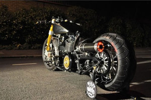 Unorthodox-Harley-Davidson-by-Warrs-is-a-desirable-beast.3