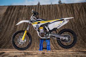 mc102_Motocross Bike