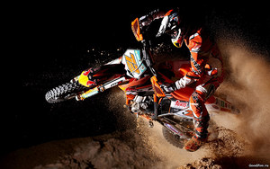 mc17_Motocross and Sand
