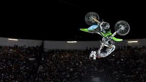 mc29_Upside Down Motorcross