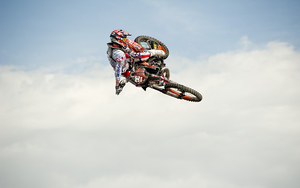 mc38_Motocross In Air