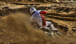 mc63_Motocross in Sand