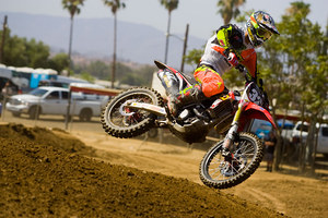 mc76_Motocross in Air