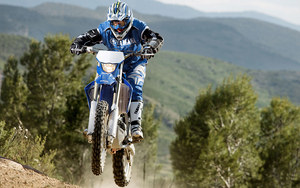 mc_Motocross in Forest