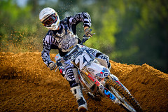 motocross03_Shooting Motocross at a Dirt Track